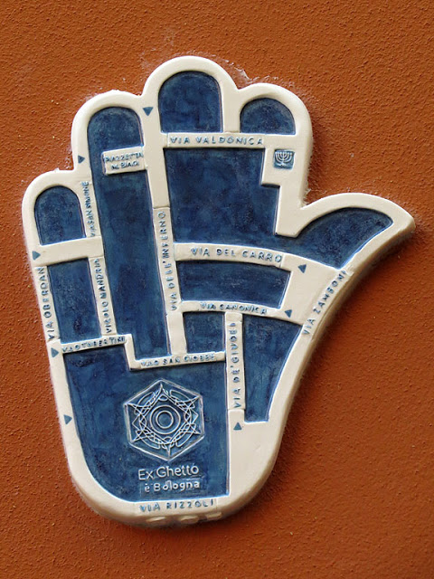 Bologna Ghetto ceramic tile in the form of a hand that represents this neighborhood, photo courtesy of dailyphotostream blogspot