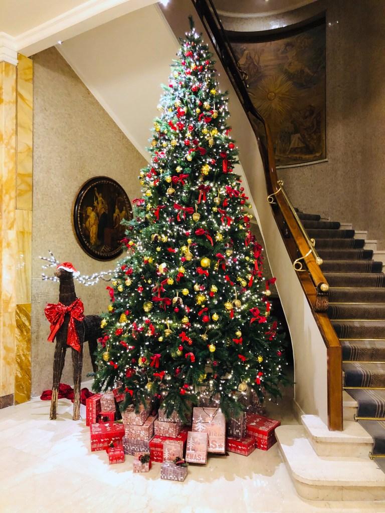 Hotel Hassler Christmas tree 2019