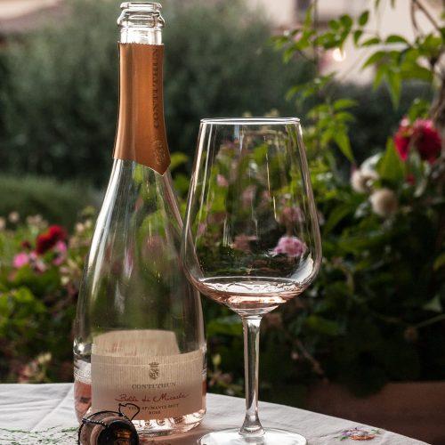 Micaela Rosé, Conti Thun wine from the Valtènesi in the Lake Garda wine region