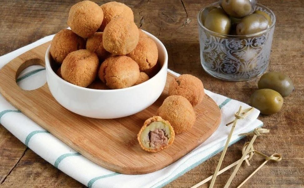 Olive ascolane, one of Le Marche's best foods