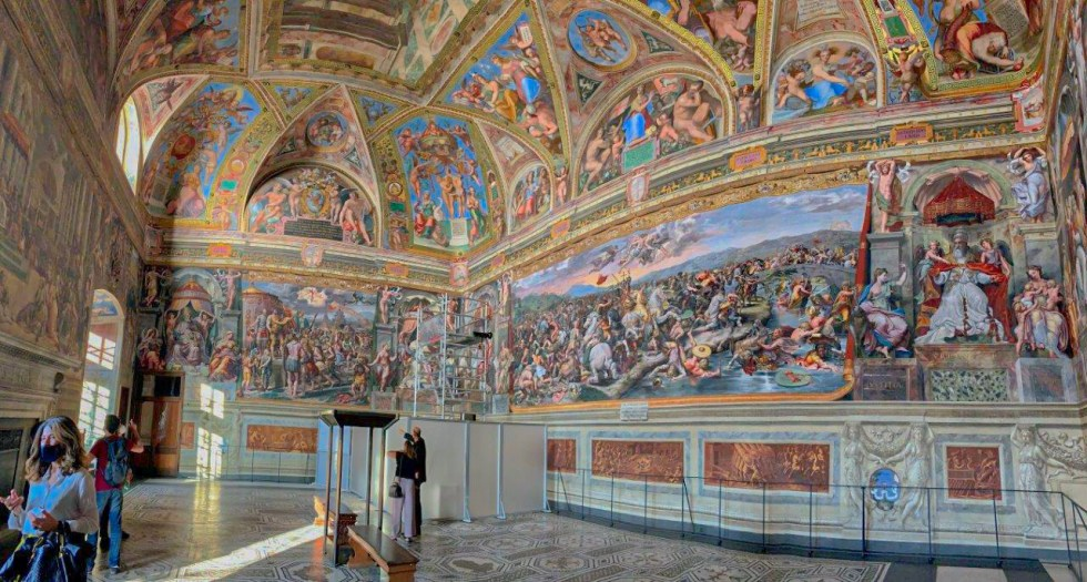 Vatican Museum special patron visits