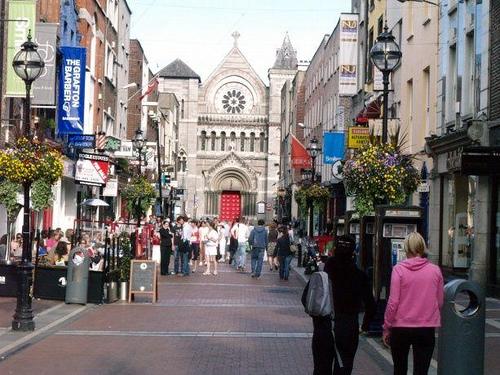 Sicuramente sarai curioso di sapere cosa vedere a Dublino in tre giorni prima di partire. Scopri l'Itinerario passo dopo passo, con le migliori attrazioni!