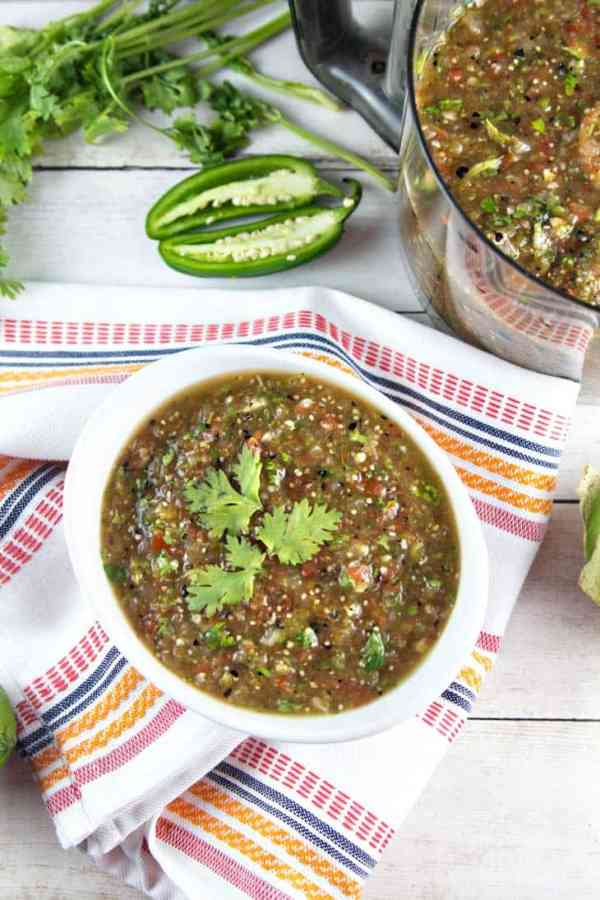 roasted-tomatillo-salsa-verde-IMG_0058