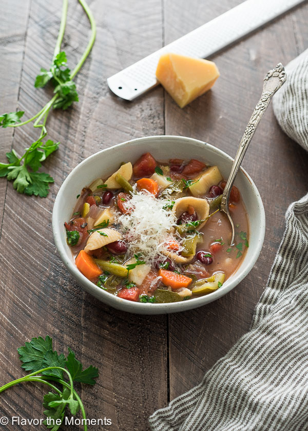 Instant Pot Vegetarian Minestrone Soup is an easy instant pot minestrone soup that's hearty, healthy and cooks up in about 10 minutes!
