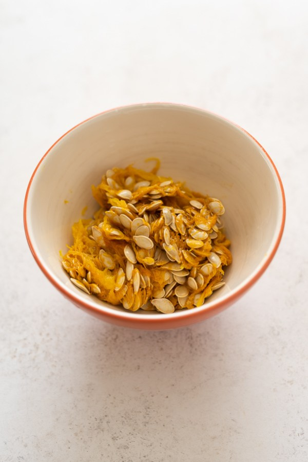 pumpkin seeds in bowl