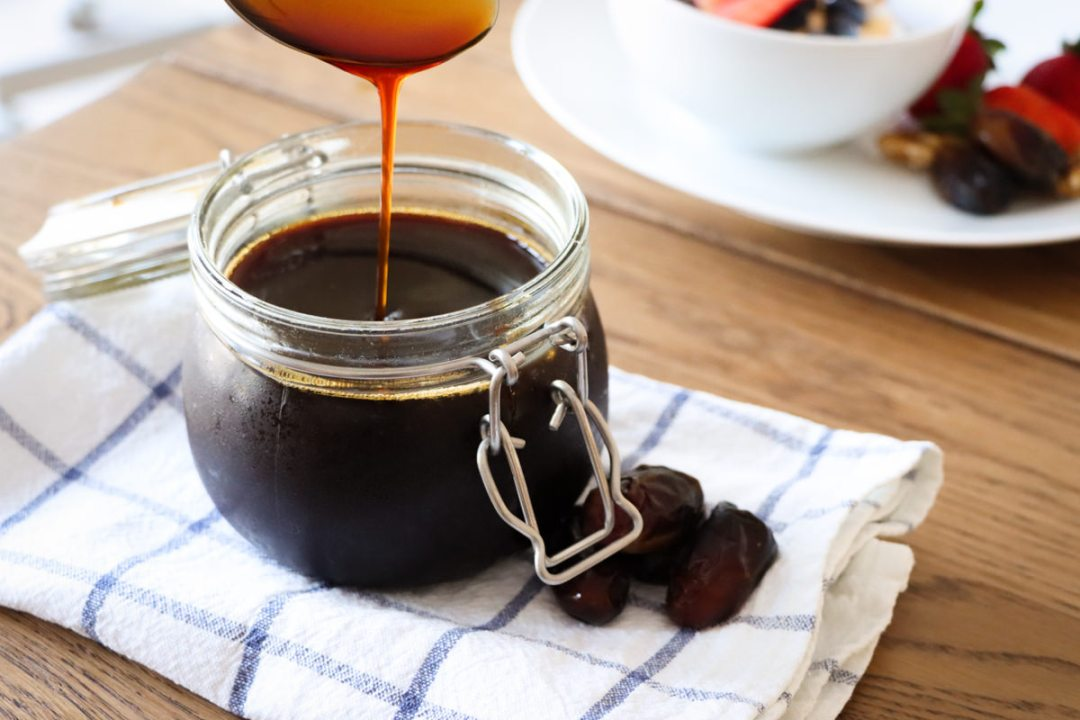 homemade healthy date syrup recipe from real dates @flavourfiles