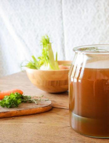 healthy, gut healing instant pot chicken bone broth recipe