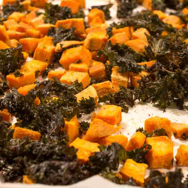 Cooked kale chips