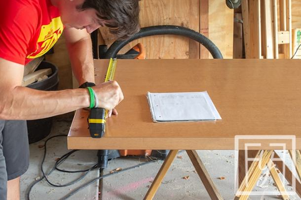 measuring a Desk from a Door