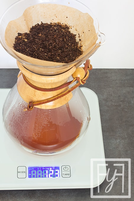 pour over coffee in chemex coffeemaker