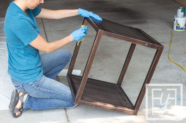 cleaning with tack cloth before spray painting wood furniture
