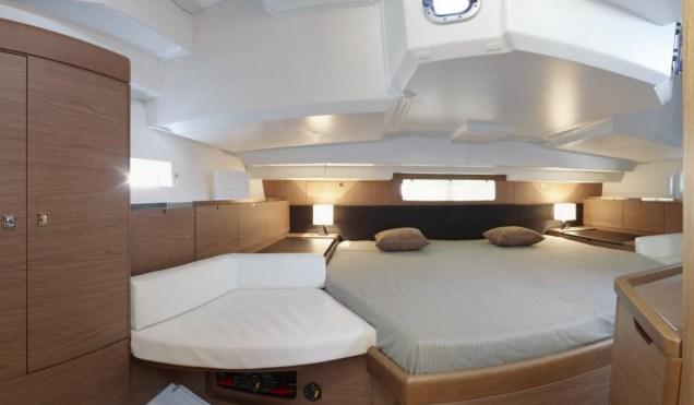 New Sun Odyssey 44DS Yatch