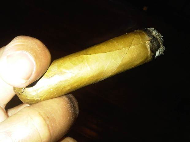 Rocky Patel The Edge Candela Toro Cigar Review