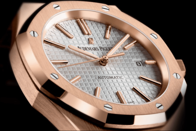 Audemars Piguet Royal Oak Self Winding Watch With Crocodile Strap