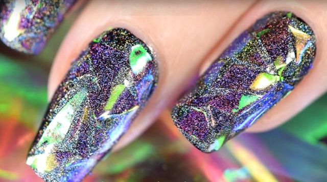 Holographic shattered glass nail art tutorial even beginners can holographic shattered glass nail art spot on for new years eve tutorial prinsesfo Choice Image