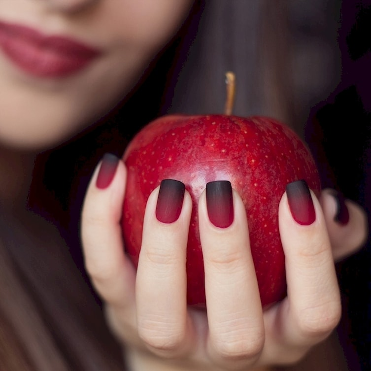 It\'s Time To Bring Back Matte Manicures – FlawlessEnd