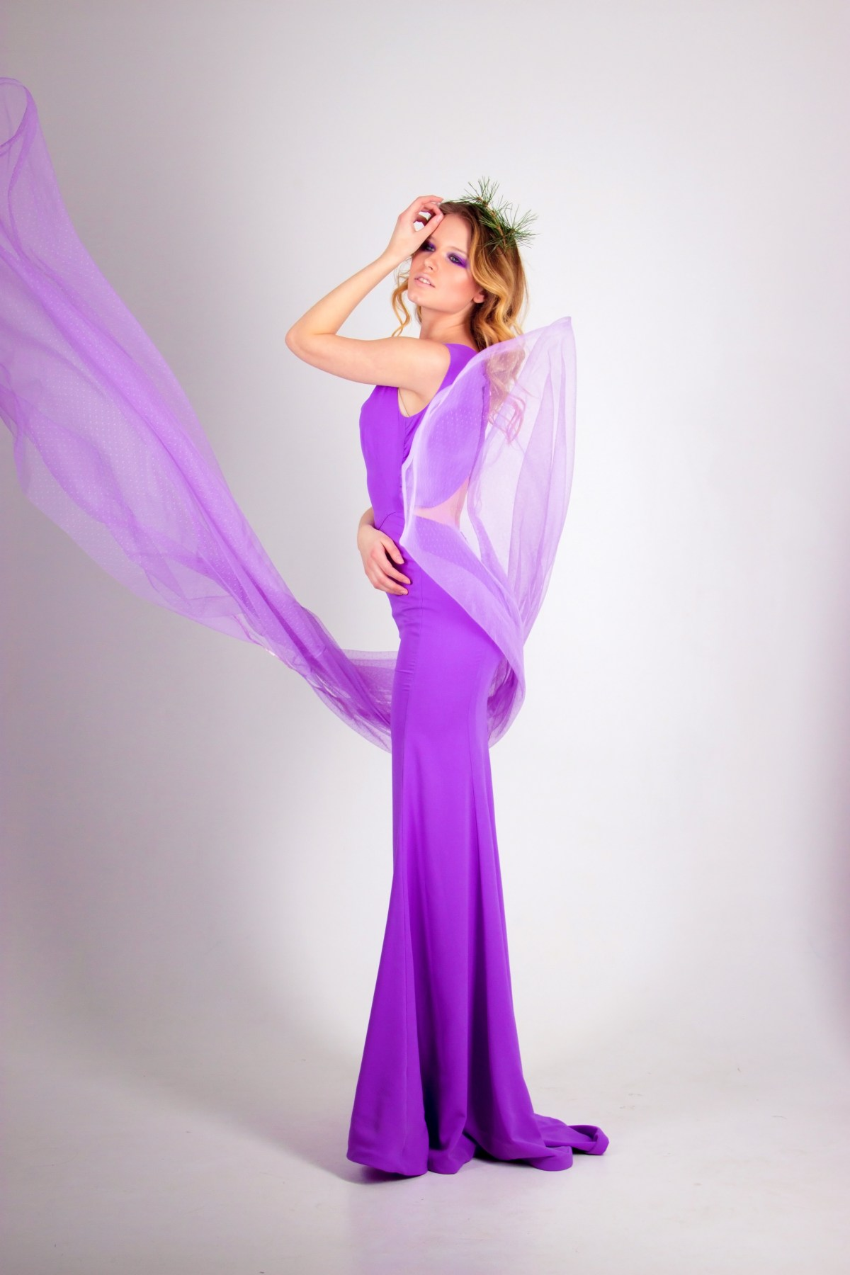 Choosing the perfect prom dress for your body shape