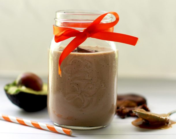 Keto chocolate peanut butter avocado smoothie is a low carb shake that tastes like a peanut butter cup. It has almond milk and spinach for extra nutrition.