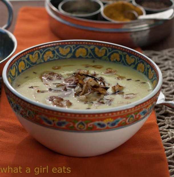 Easy keto cauliflower soup recipe for beginners