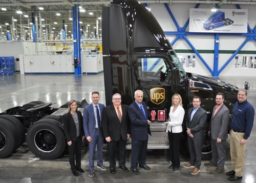 Paccar Produces 200 000th Mx Engine At Mississippi Plant