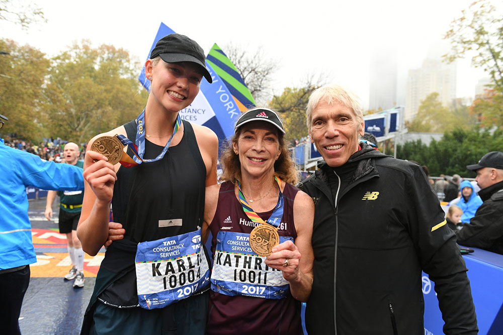 Kathrine Switzer with Karlie Kloss and Peter Ciaccia at the 2017 NYC Marathon