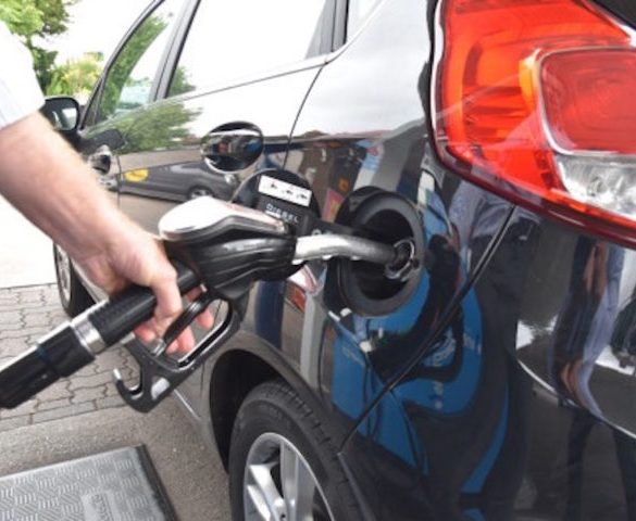 Hybrid electric vehicles on track to beat diesel mpg