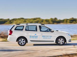 Everest deploys Dacia fleet for surveyors