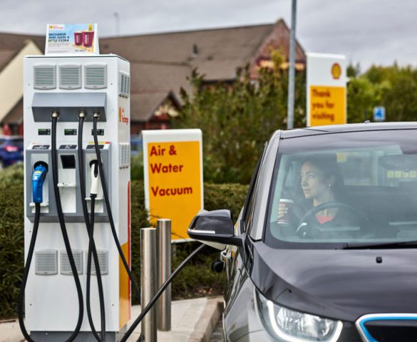 Government pushes ahead with mandating EV charge points at forecourts