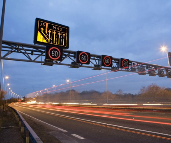 Traffic lights go on trial on UK motorways