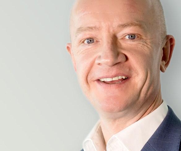 Mercedes-Benz fleet director moves to CV financial services role