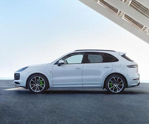 Porsche adds plug-in power to new Cayenne