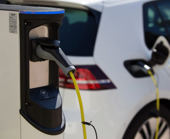 Public charging not important, finds Delta-ee