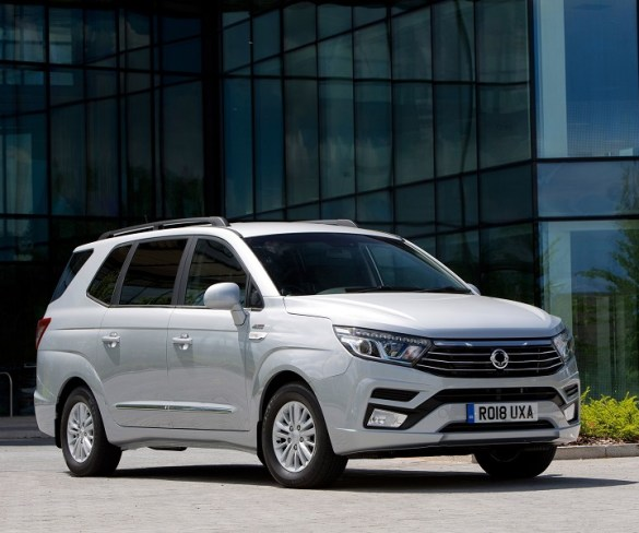 SsangYong unveils updated Turismo MPV