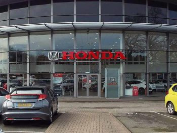 Glyn Hopkin Honda became the 100th dealership to sign up to the Platinum Programme