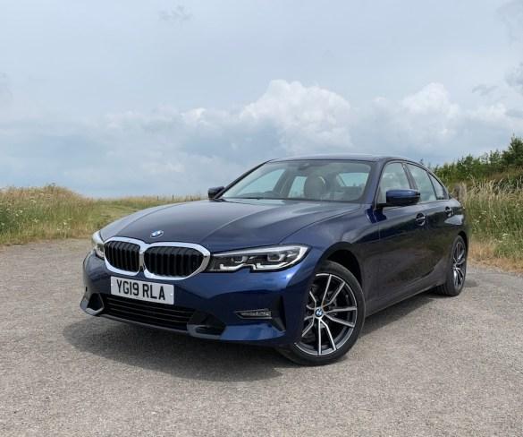 Road Test: BMW 318d Sport