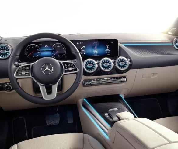 Mercedes-Benz now connected to Webfleet telematics platform