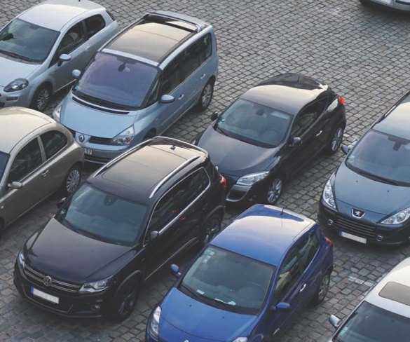 Free car parking would support high street shopping, say drivers
