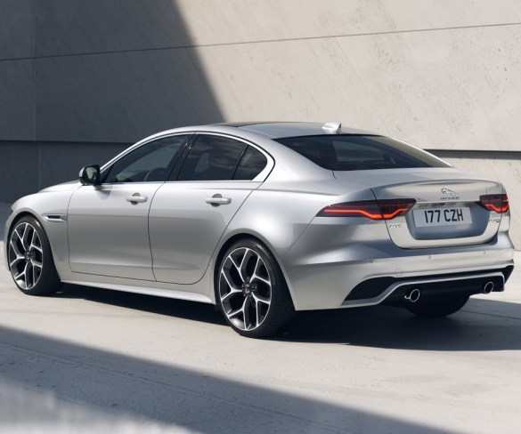 Jaguar XF and XE R-Dynamic Black updated