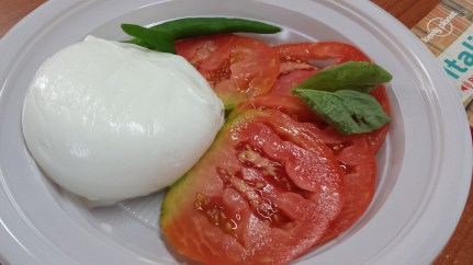 Buffalo Mozzarella and Tomato <3