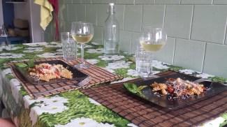 Pasta with mushrooms and vino