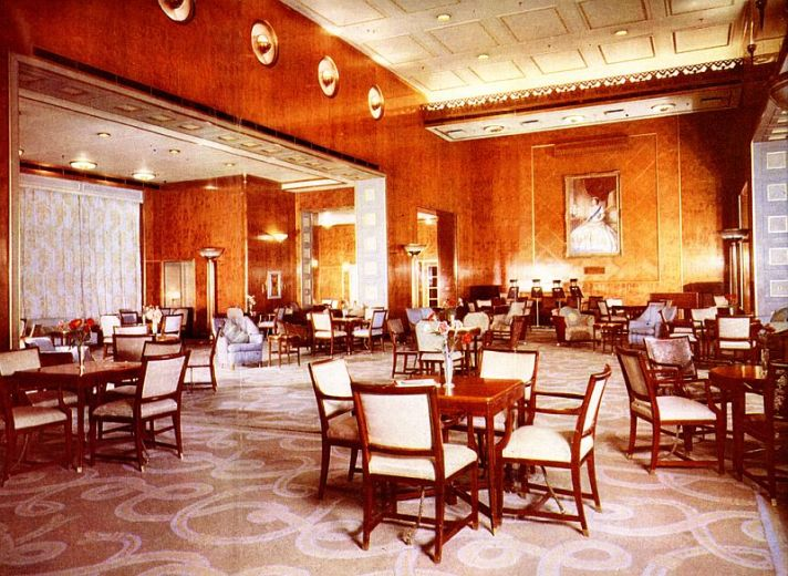 Smoking room rms queen elizabeth fleming 39 s bond for Queen elizabeth 2 ship interior