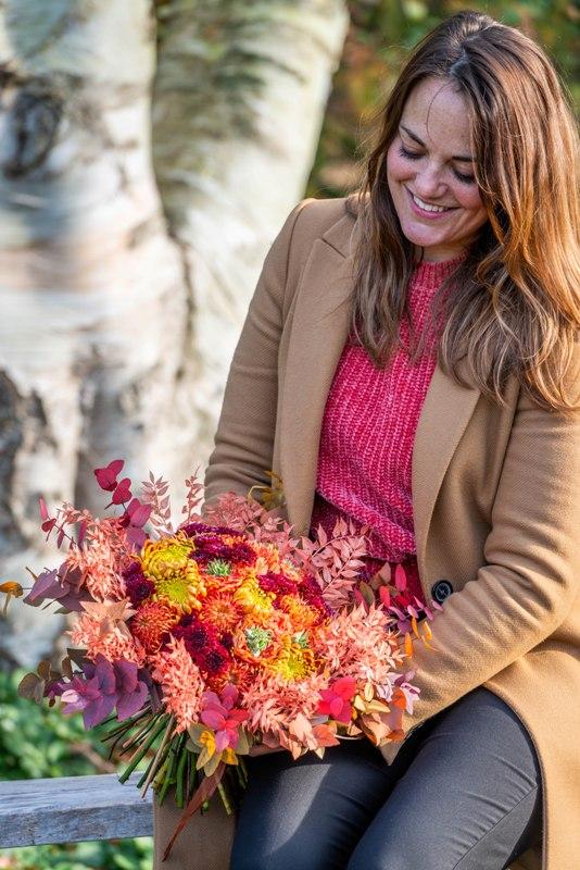 Nieuw verkrijgbaar: Fleur Creatief @ Home special najaar 2021. Boordevol creatieve bloemschikideeën voor de herfst, de winter en de feestdagen.