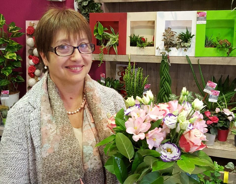 """Bouquet réalisé par Emilie RICARD, fleuriste pour """"Hellebore"""", à Pau, tirage du 13 juillet 2016"""