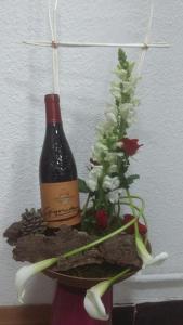 composition par Aurélie pour l'enchantement floral à Châteauneuf du Pape-84230