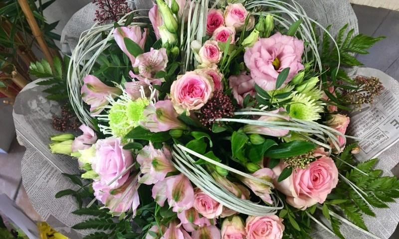 bouquet de fleurs par Vol'tiges by la Rose des Sables fleuriste à Istres-13800