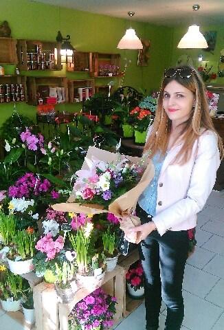 Estelle, gagnante du jeu Youpi Fleurs, tirage du mercredi 8 mars 2017