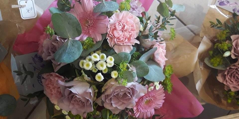 Au Gres Des Fleurs