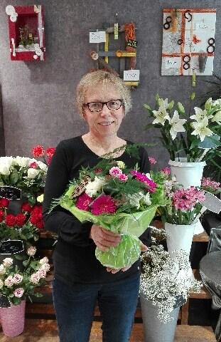 Véronique, gagnant du jeu Youpi Fleurs.