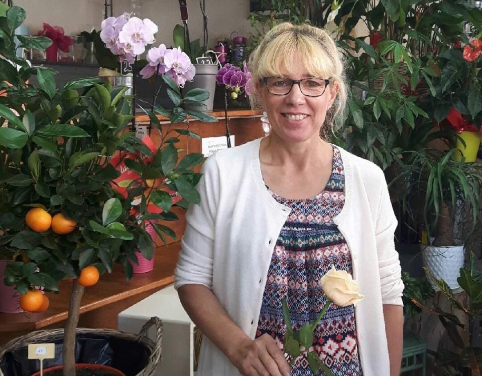 """Votre artisan fleuriste à Agen (47000), Viviane pour """"Mellibis Renouveau"""""""