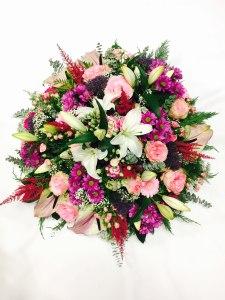 Envoyer des fleurs à Saint Amant de Boixe avec votre fleuriste CLEA FLORE